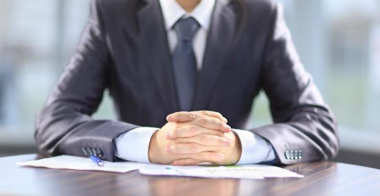 recruteur pendant un entretien